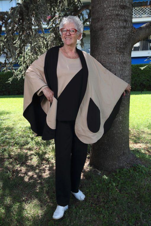 Cape-scarf-elderlies-woman-fashion-retirement
