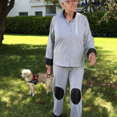 Comfortable-pants-arthrosis-elderly-retirement-home